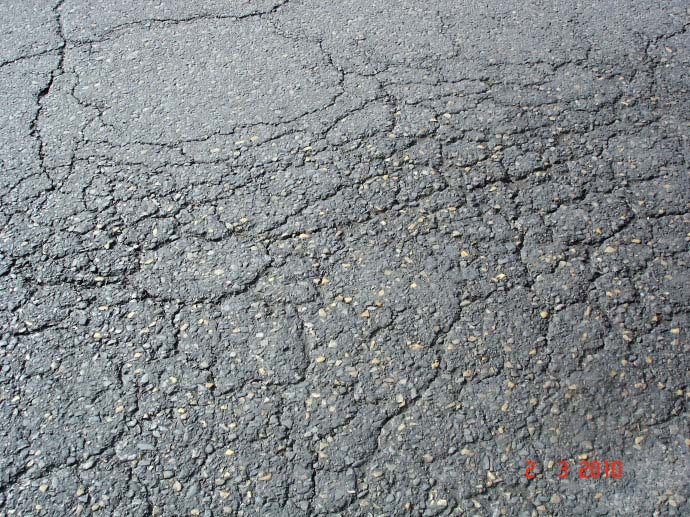 沥青路面裂缝灌缝工序