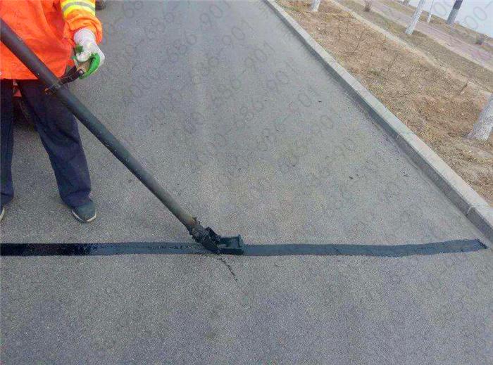 沥青路面灌缝胶价格是不是真的决定沥青路面灌缝胶品质