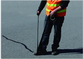 嘉格沥青道路贴缝带售后服务工程师成功的背后